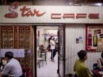 Star Cafe, sebuah restoran legendaris Hong Kong justru bertahan dengan menyajikan makanan khas mereka yang disebut-sebut mirip muntahan manusia.