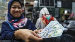 Pukul 11.00 WIB: Rupiah Masih Lemah di Rp 14.385/US$