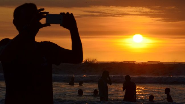 Objek wisata di Bali yang berada di tempat tertutup belum berencana dibuka pada masa uji coba saat ini.