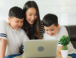 Beda Generasi, Cara Mendidik Anak di Era Digital