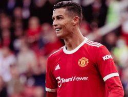 Michael Owen: Cristiano Ronaldo Punya Peluang Cetak 30 Gol di Musim ini